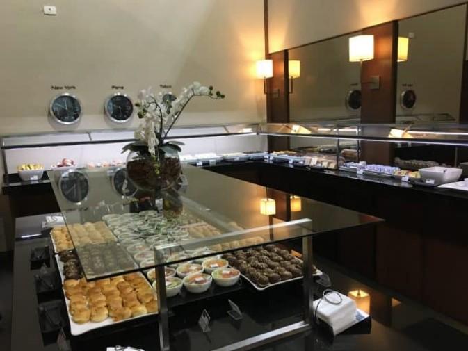 refeições oferecidas no Lounge VIP do Aeroporto de Guarulhos