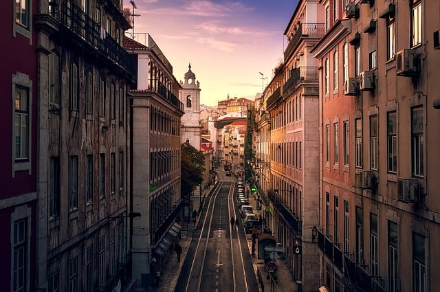 Vista de uma rua de Lisboa