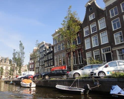 Casas e barcos nos Países Baixos