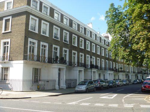 Rua de casas em Notting Hill