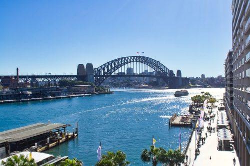 Ponte e mar da Tasmania em Sydney