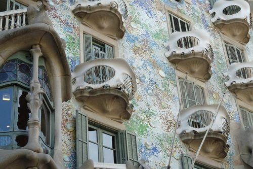 Detalhes da arquitetura da Casa Batlló
