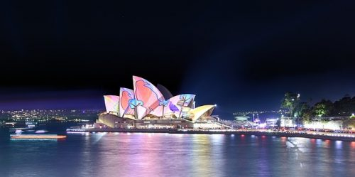Desenhos projetados na arquitetura da Opera House