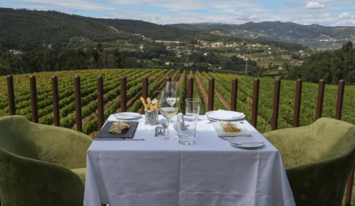 mesa com vista panorâmica em Portugal