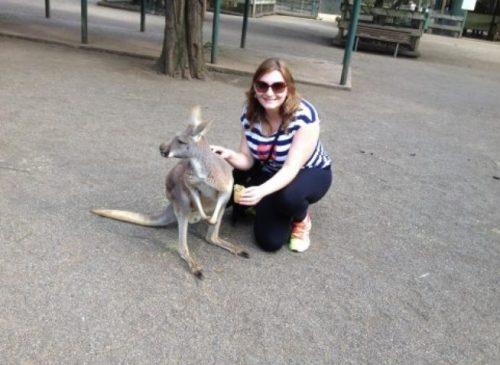 Turista com canguru, em Sydney