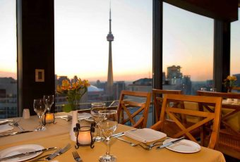 7 restaurantes waterfront para vivenciar momentos únicos pela América