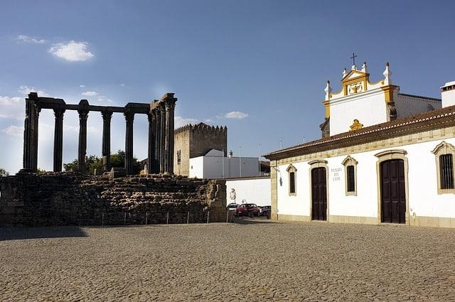 Arquitetura e história em Évora, Portugal