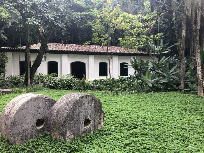 Casa em meio a floresta no Rio de Janeiro