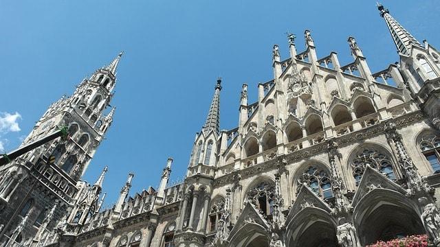 arquitetura do prédio da Prefeitura de Munique