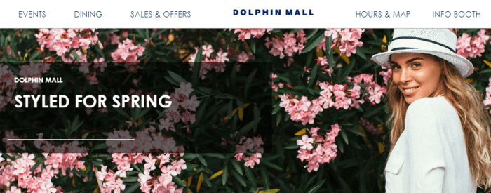 Banner com flores do Dolphin Mall Miami