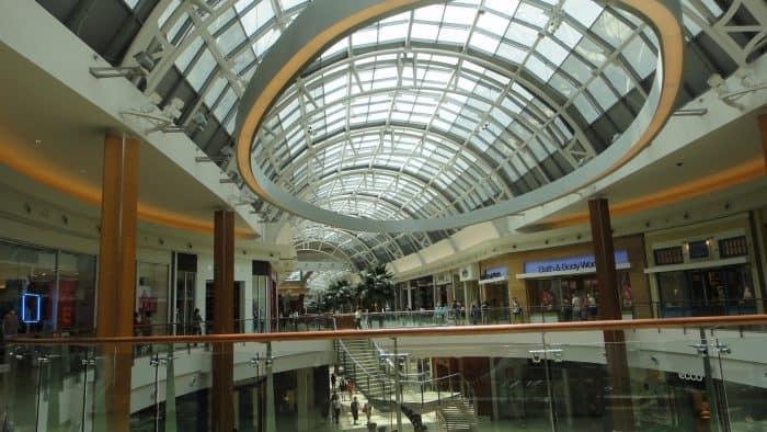 Segundo andar do Millenia Mall