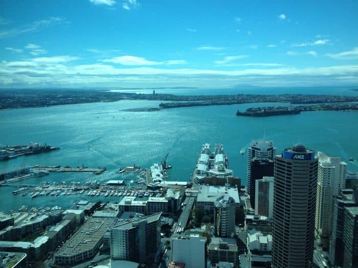 Vista panorâmica da Sky Tower de Auckland