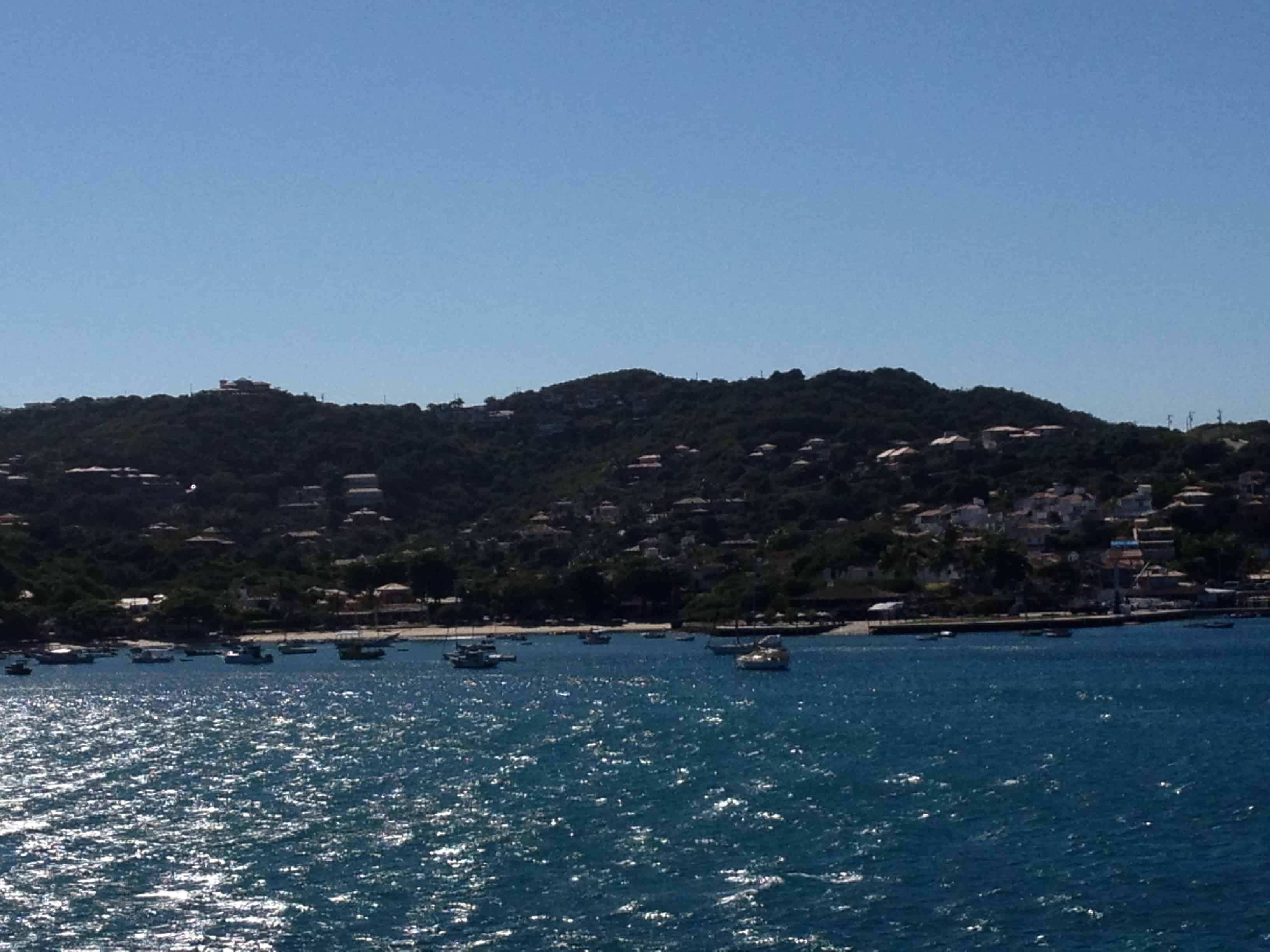 Barcos na Praia da Armação, em Búzios