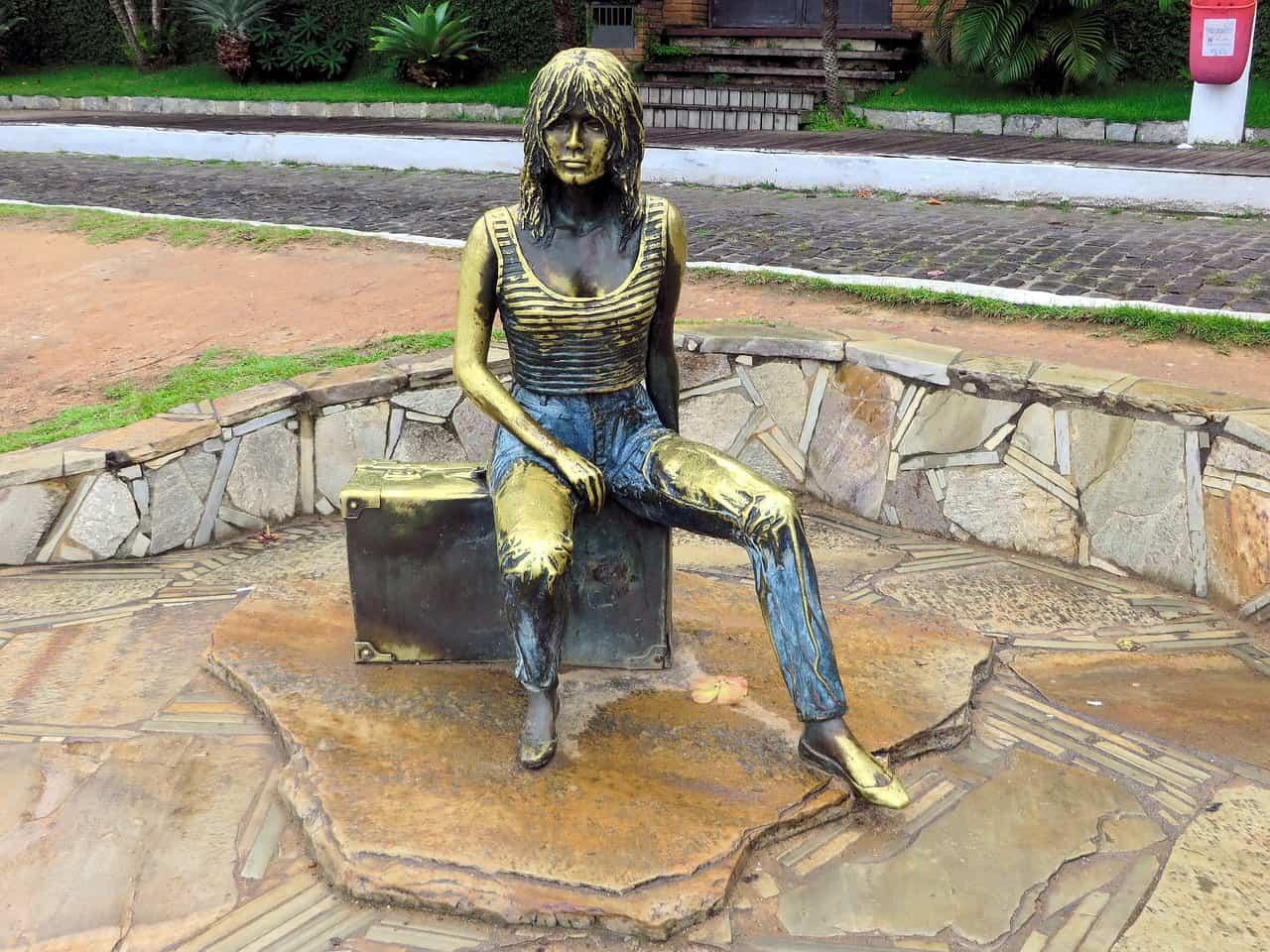 Estátua Brigitte Bardot, em Búzios