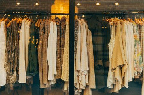 Escolher roupas para usar nas salas vips