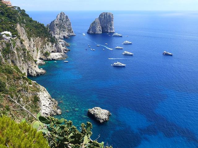 Mar Meditterãneo na Ilha de Capri