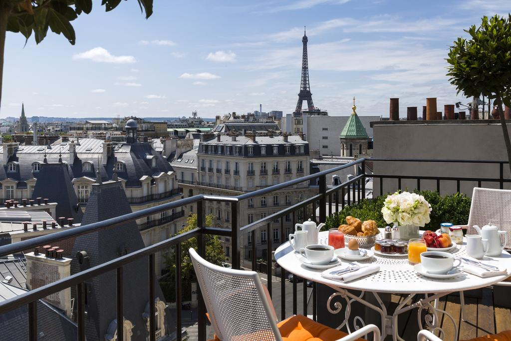Hotel em Paris: Hotel Marignan Champs-Elysées