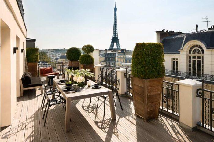 Hotel com vista para Torre Eiffel em Paris