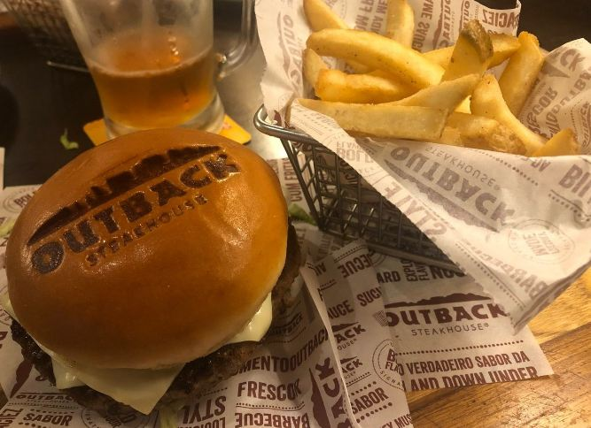 Lanche do Outback