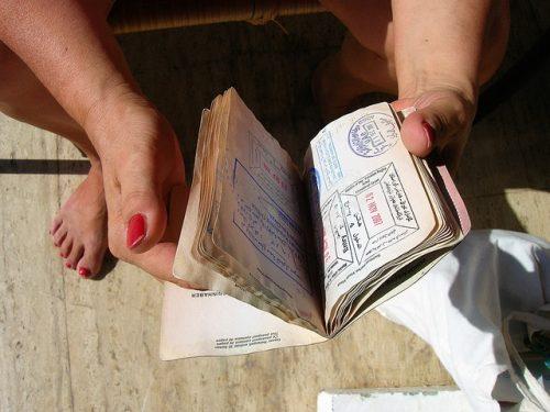 Passaporte com carimbos