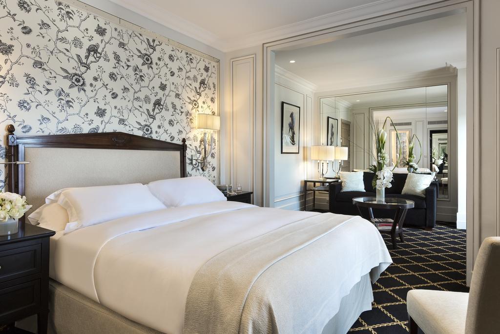 hotel em paris: suíte do Hôtel San Régis