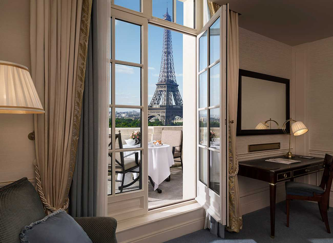 hotel paris: quarto do Shangri-La Hotel