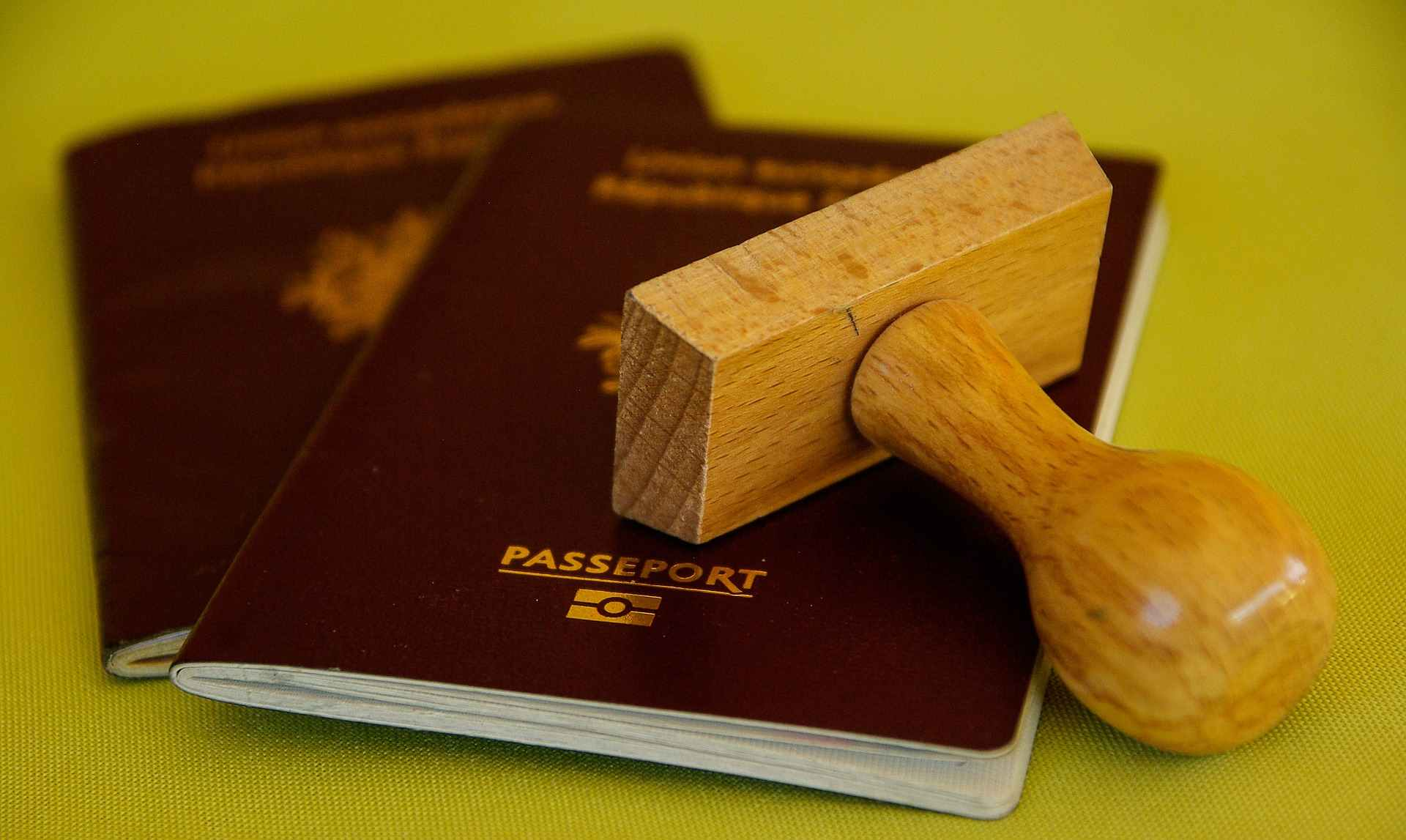 Visto europa: passaporte e um carimbo