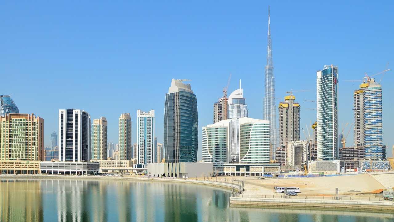 Compras em Dubai: prédios da cidade