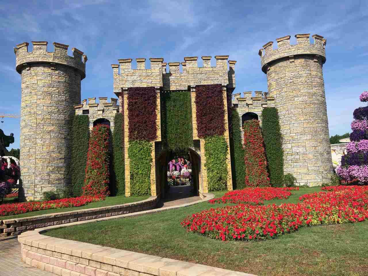 Castelo de Flores do Miracle Garden
