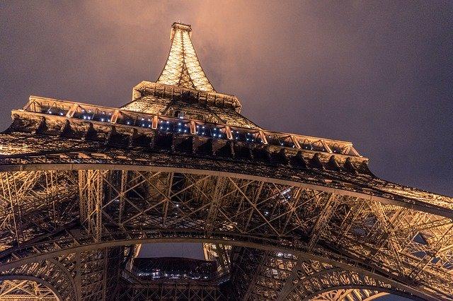 Torre Eiffel de noite