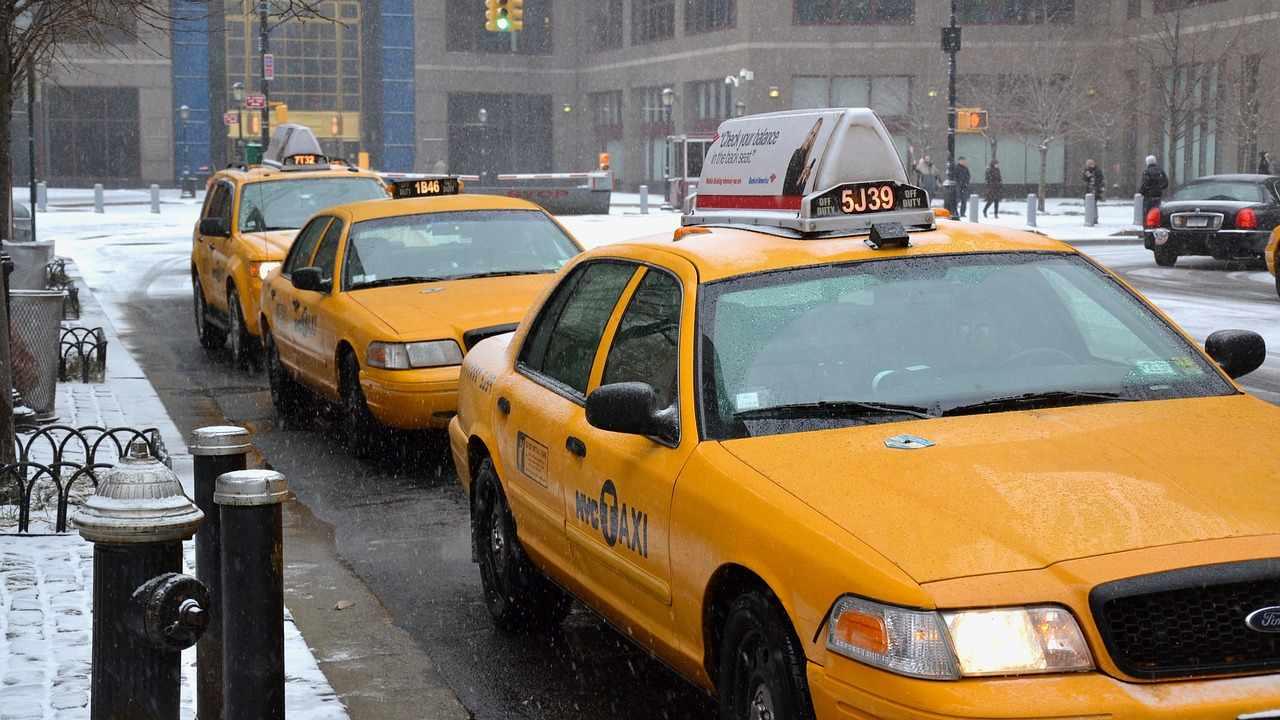 Táxis de Nova York no inverno de Nova York