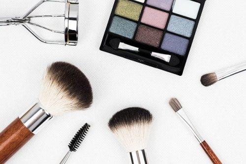 Maquiagem com desconto