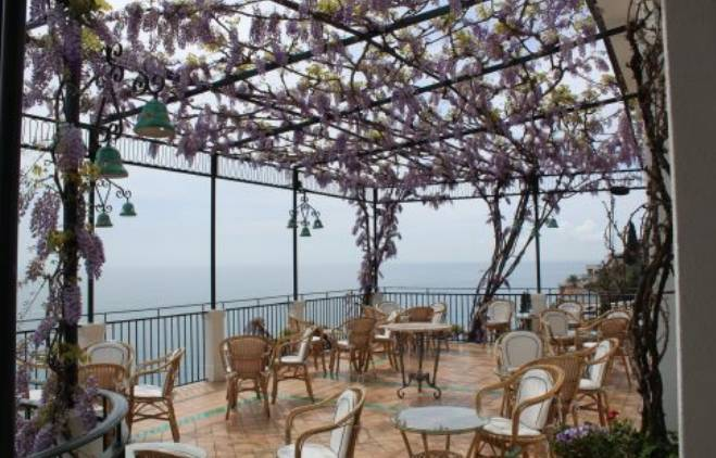 Hotéis incríveis: varanda hotel Santa Caterina