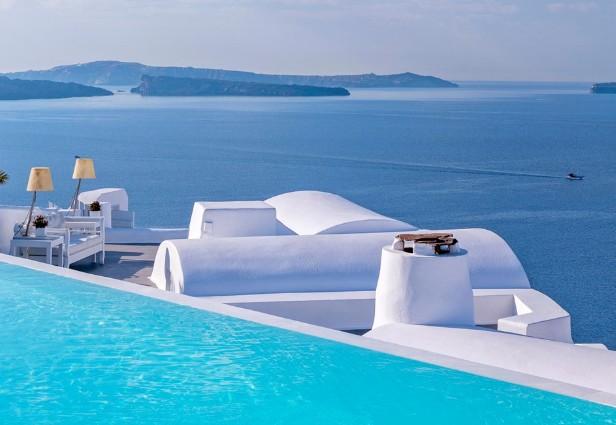 piscina com borda infinita do hotel hotel Katikies