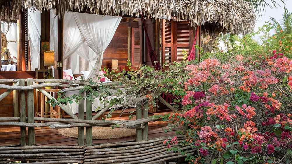 hotéis incríveis: Palafitas do hotel vila kalango