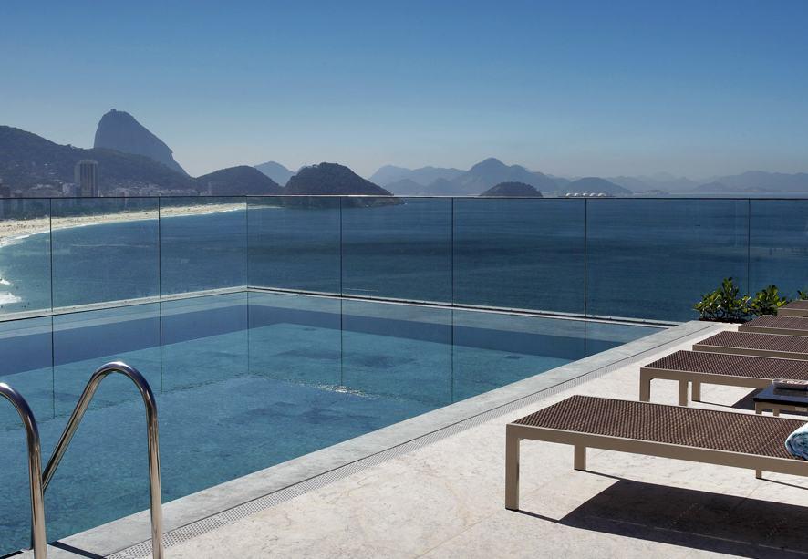 Piscina do Miramar Hotel em Copacabana