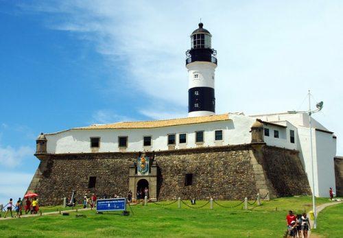 o que fazer em Salvador: ir no Farol da Barra