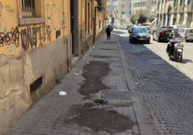 Nápoles é uma cidade bastante suja