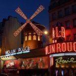 Paris de noite: 7 atrações imperdíveis e curiosas