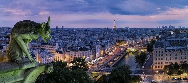 Gárgula em Paris