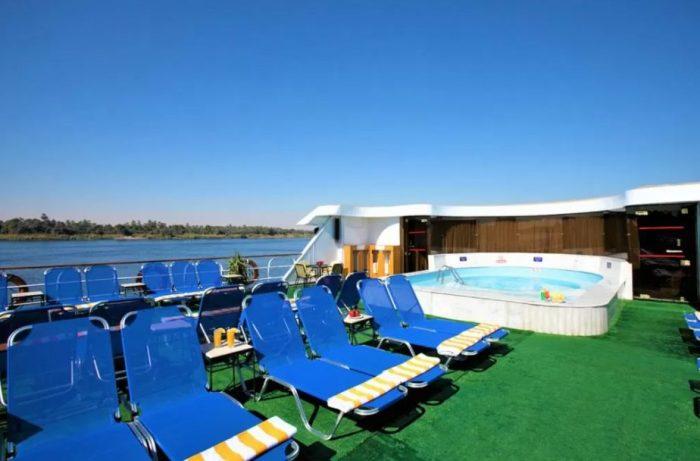 Área da piscina do Monarch Nile