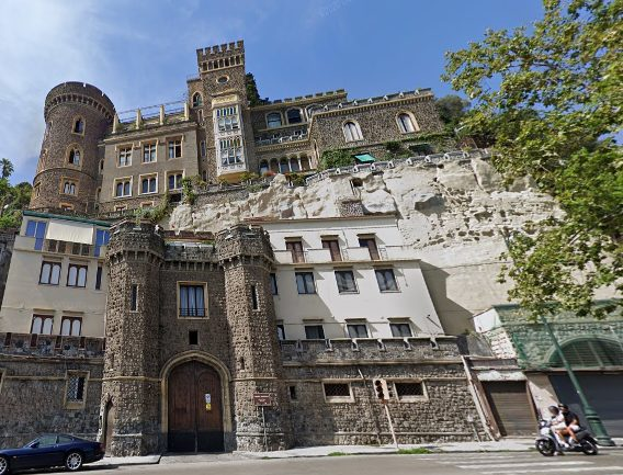 Castelos de Nápoles: Castello Aselmeyer