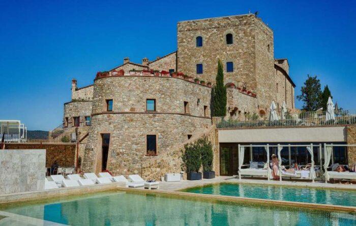 hotel em castelos da Toscana
