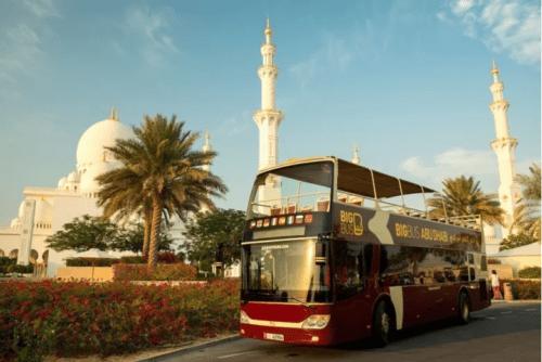 ônibus turístico abu dhabi