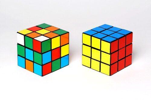 quem inventou o cubo mágico
