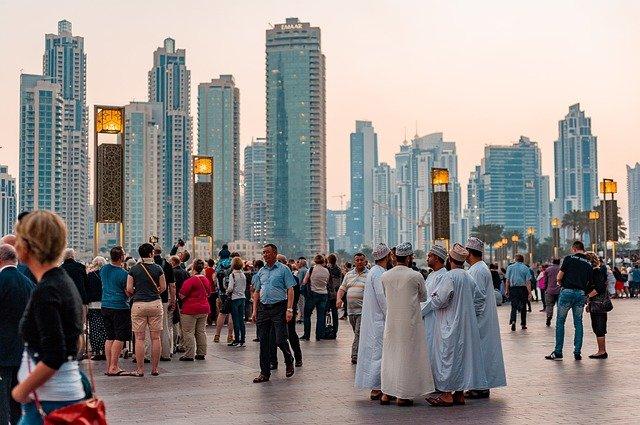 Dubai é uma cidade cosmopolita